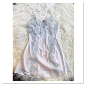 In Bloom By Jonquil Lace Detailed Chemise Size M